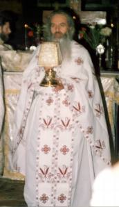 fr-rafail-during-the-divine-liturgy-st-nicholas-church-bucharest-2002-3